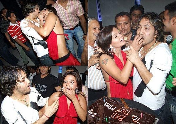 mika singh and rakhi sawant kiss controversy
