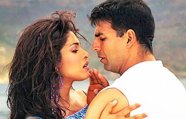 Priyanka Chopra and Akshay Kumar in Andaaz