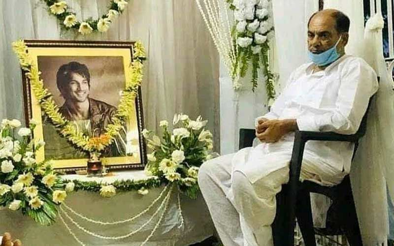 Sushant Singh Rajput father sitting next to his photoframe