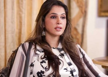 Isha Koppkikar on replacing by starkid.jpg